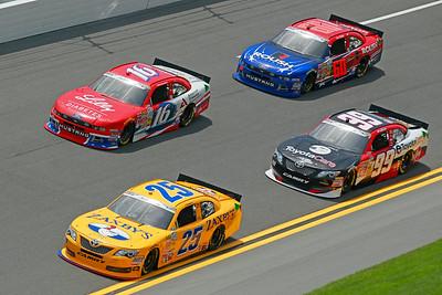 NASCAR:  Jul 03 Subway Firecracker 250
